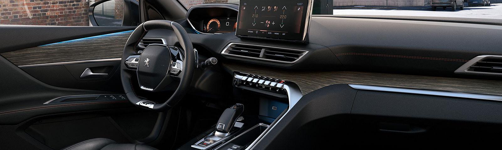 Nuevo SUV PEUGEOT 5008, diseñado para ir más allá