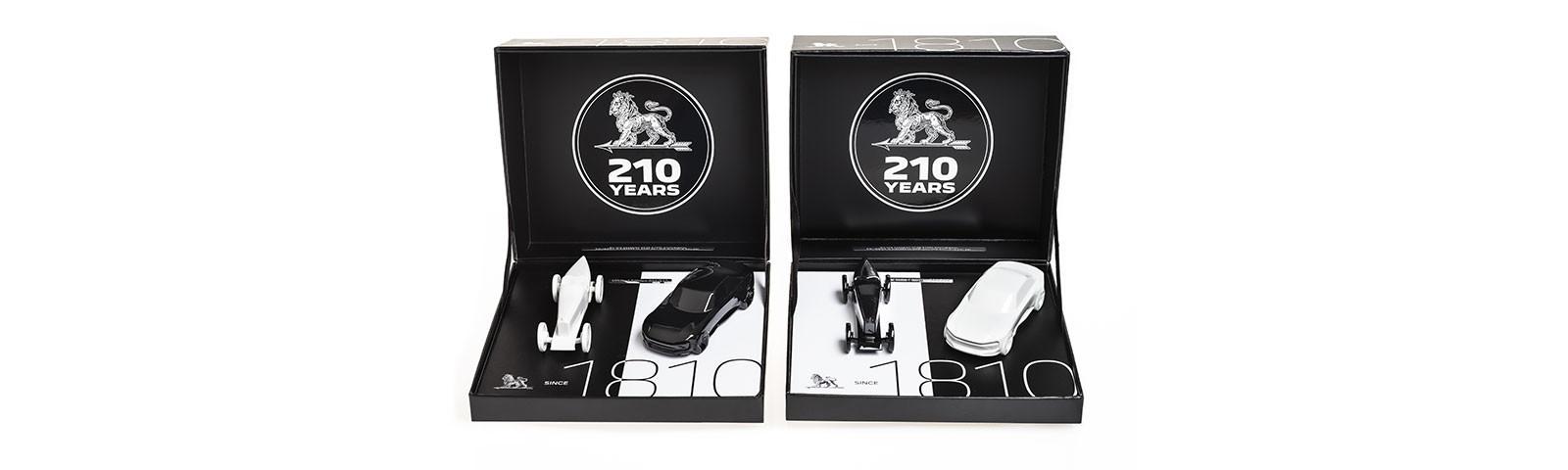 """PEUGEOT presenta su estuche de miniaturas """"collector"""""""